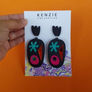 The shape up mega dangle by Kenzie collective